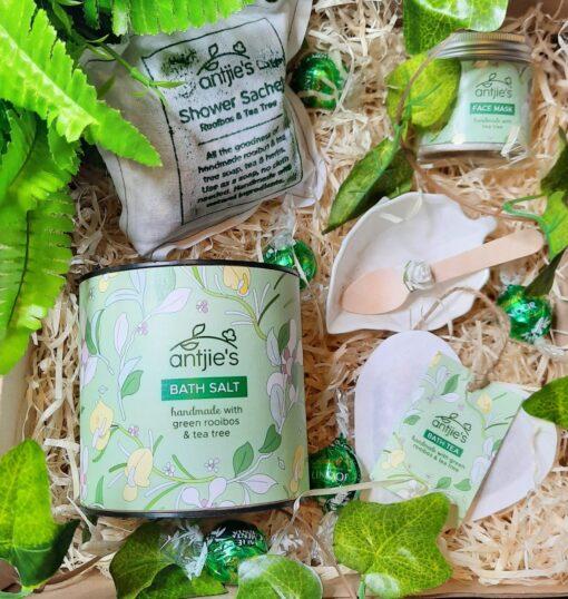 Green Blast Pamper Gift for Her